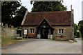 TQ6860 : Dwelling beside the Church in Birling by Chris Heaton