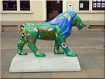 NS4864 : Pride of Paisley lions by Thomas Nugent