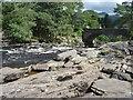 NN5732 : Rocks  at  the  Falls  of  Dochart  Killin by Martin Dawes