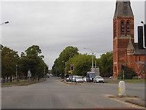 SU8651 : Crossroads on Queen's Avenue, Aldershot by David Howard
