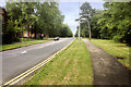 SP8634 : Sherwood Drive, Bletchley by David Dixon