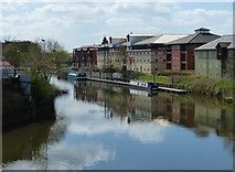 SK7954 : River Trent in Newark-on-Trent by Mat Fascione