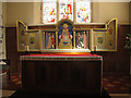 SE1746 : St Mary the Blessed Virgin, altar and reredos by Stephen Craven