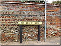 TL9370 : Thetford Road sign by Geographer