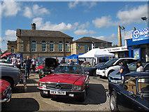 SE1437 : Saltaire classic car show, 2016 (2) by Stephen Craven