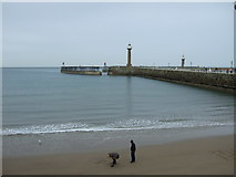 NZ8911 : Whitby beach and West Pier by JThomas