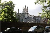 SU4828 : Winchester College Chapel by Andrew Abbott