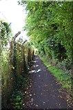 SP2705 : Public footpath near Carterton, Oxon by P L Chadwick