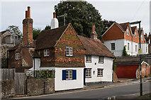 TQ1649 : Pear Tree Cottage by Ian Capper