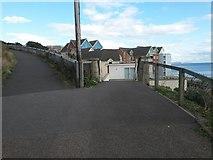 SZ1191 : Boscombe: footpath F09 reaches footpath F08 by Chris Downer
