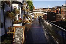SP0686 : Worcester Bar by Stephen McKay