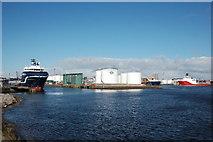 NJ9505 : Tidal Harbour, Aberdeen by Bill Harrison