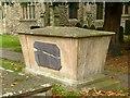 SK7039 : Chest tomb, Bingham Churchyard  by Alan Murray-Rust
