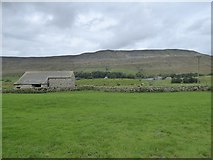 SD7579 : Barn in the valley of Winterscales Beck by David Smith