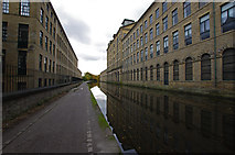 SE1438 : Leeds and Liverpool Canal, Saltaire by Ian Taylor
