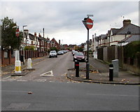 SO8317 : East along Robinson Road, Gloucester by Jaggery