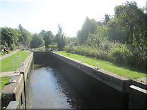 TL4311 : Lee and Stort Navigation: Lock no. 11 Parndon Mill Lock by Peter S