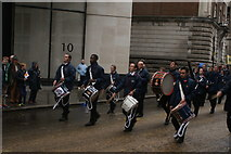 TQ3281 : View of soldiers in the Lord Mayor's Parade from Gresham Street #12 by Robert Lamb