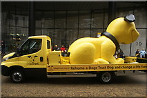 TQ3281 : View of a Dogs Trust van in the Lord Mayor's Parade from Gresham Street by Robert Lamb