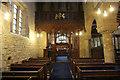 SE5001 : St.James' nave by Richard Croft