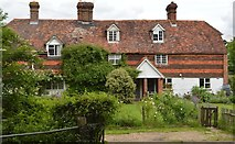 TQ5347 : Copping Brook Cottages by N Chadwick