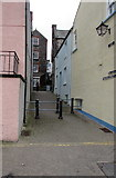 SN1300 : Quay Hill, Tenby by Jaggery