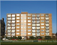 TQ2704 : Fairlawns, Kingsway, Hove by Simon Carey