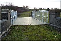 SP7155 : Nightingales Bridge No 46 by Mat Fascione