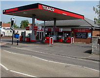 ST3050 : Texaco filling station, Berrow Road, Burnham-on-Sea by Jaggery