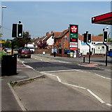 ST3050 : Pelican crossing, Berrow Road, Burnham-on-Sea by Jaggery