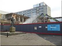 SO8554 : Demolition work in Worcester by Philip Halling