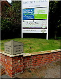 SJ6652 : Regents Park Business Centre nameboard, Nantwich by Jaggery
