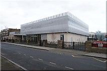 TQ3385 : The Garden S.E.N. School, Stoke Newington by Julian Osley