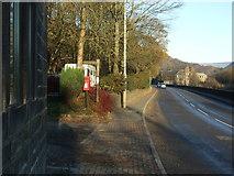 SD9726 : Elizabeth II postbox on Halifax Road (A646) by JThomas