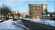 NS3980 : Colquhoun Drive, Rosshead by Lairich Rig