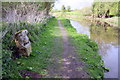 SP4824 : Milestone beside Oxford Canal at Cooper's Spinney by Roger Templeman