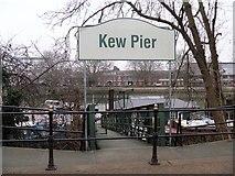 TQ1977 : Kew Pier [1] by Michael Dibb