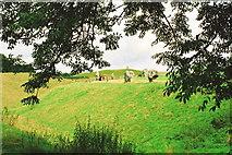 SU1070 : Avebury by Jeff Buck