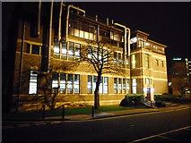 NS5666 : Joseph Black Building, University of Glasgow by Richard Sutcliffe