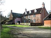TG2202 : Common Farm (farmhouse) by Evelyn Simak