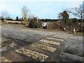 SU8788 : Footpath crossing quarry road by Des Blenkinsopp