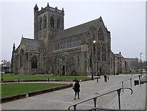 NS4863 : Paisley Abbey by Rudi Winter