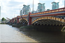 TQ3078 : Vauxhall Bridge by N Chadwick