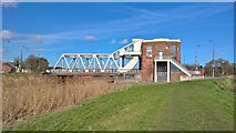 TA0832 : Sutton Road Bridge over the River Hull by Chris Morgan