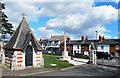 SU9970 : Watchman's Hut and Memorial by Des Blenkinsopp