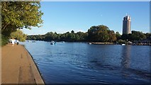TQ2780 : The Serpentine in London's Hyde Park by Chris Wood