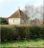 TG1508 : 17th century summerhouse by Evelyn Simak