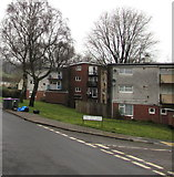 ST2896 : Flats near the corner of Heol y Pwca and Nant Celyn Close, West Pontnewydd, Cwmbran by Jaggery