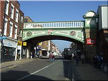 SO8455 : Railway bridge over Foregate Street, Worcester by JThomas