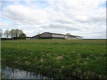 SU0196 : Large barns at Upper Mill Farm by David Purchase